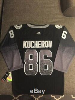 Adidas NHL Official Licensed Jersey Tampa Bay Lightning #86 Kucherov, size 50