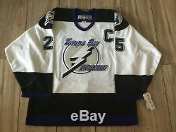 Authentic Tampa Bay Lightning jersey ANDREYCHUK #25 SIZE 52 REEBOK