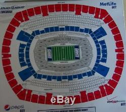 TWO Tickets -NEW YORK GIANTS GREEN BAY PACKERS- ROW 22- SEC. 320+ PARKING PASS