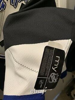 Tampa Bay Lightning REEBOK 6100 Authentic Jersey BNWT