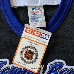 Tampa Bay Lightning XL CCM Jersey Maska Air Knit Vintage New