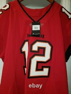 Tom Brady Tampa Bay Buccaneers Nike Vapor Elite Jersey Red NWT sold out. New